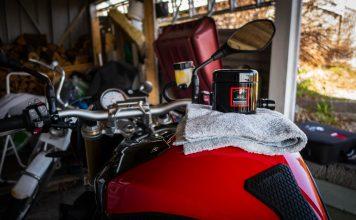 Polert bort merker i lakken etter tankveske på min BMW S1000R